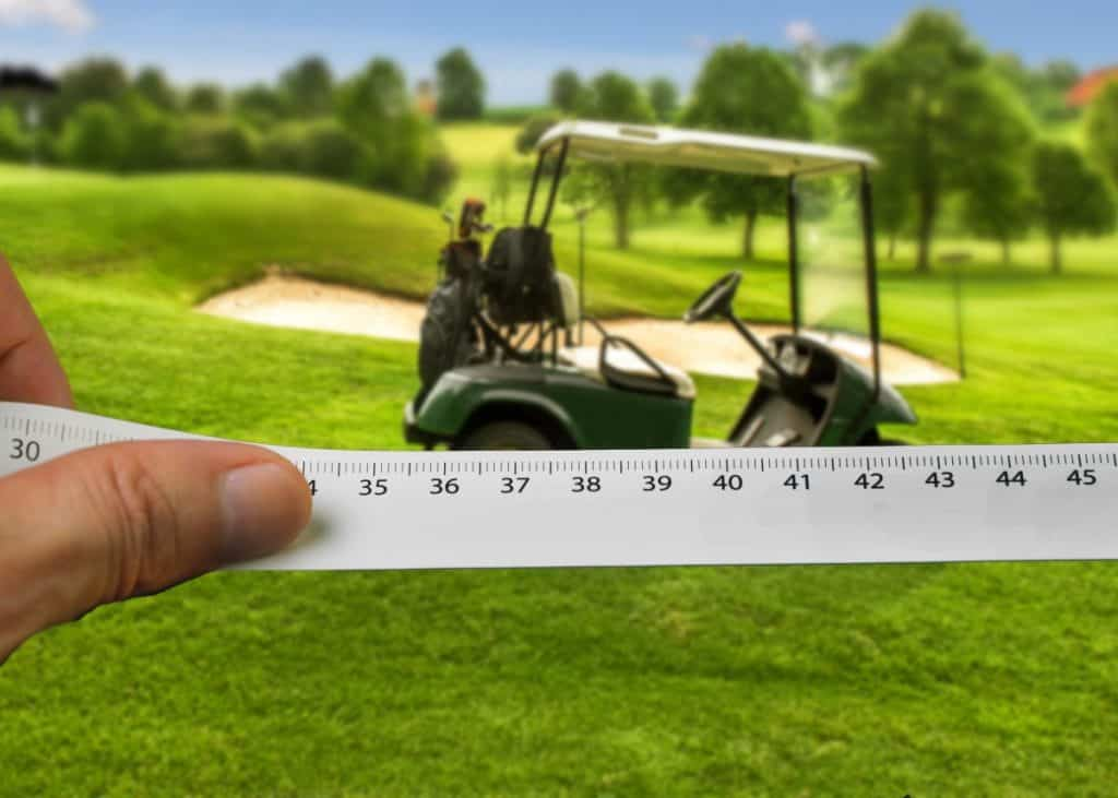 How wide and how long is a golf cart?
